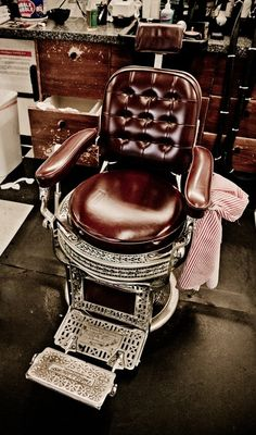 Old school barbershop: The Art of Manliness  I've always wanted my very own barbers chair… ~redjeep