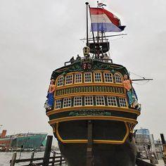 The #voc #ship #amsterdam at #scheepvaartmuseum in het #IJ with the #nemo science #museum on the background #nemosciencemuseum