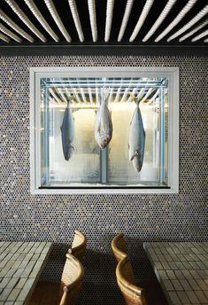 www.tommarkhenry.com Bondi's newest seafood restaurant, Bondi's Best - designed…