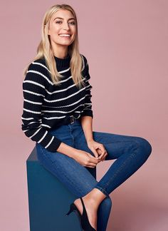 Knitted sweater with stripes and skinny jeans | Gina Tricot Collections | www.ginatricot.com | #ginatricot