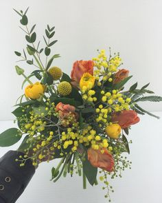 fabulous vancouver florist Here's a pretty little thing for you! #smflowers #shopnorthvan #spring by @chandiasha  #vancouverflorist #vancouverflorist #vancouverwedding #vancouverweddingdosanddonts