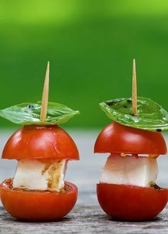 Love this idea! Mini caprese bites! Perfect for your next appetizer!