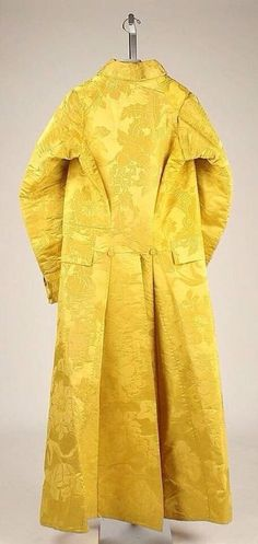 Banyan, circa 1780, British design, silk Tumblr thegentlemanscloset