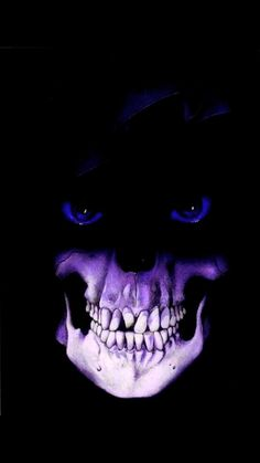 Purple mouth, blue eyed Skull