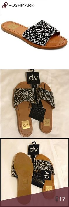Dolce Vita Size 6 Sandals Black and White NEW Dolce Vita 6 Black and White Slide Sandals NEW- Printed. So cute! Only a Size 6 left! Dolce Vita Shoes Sandals