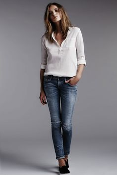 Simple: white blouse with blue jeans
