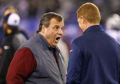 #sports #us #nfl > @SportsDayDFW Cowboys pregame pics: NJ gov. Chris Christie @govchristie greets Garrett; Jay-Z on field http://d-news.co/ELfC0