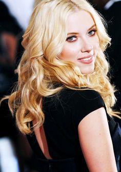 Added to Beauty Eternal - A collection of the most beautiful women on the internet. lik-usya: Scarlett Johansson (lik-usya's edit; Color Series DEC 2012)