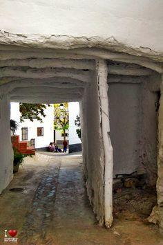 Tinao de Notáez Gazebo, Outdoor Structures, Hiding Spots, Kiosk, Pavilion, Cabana