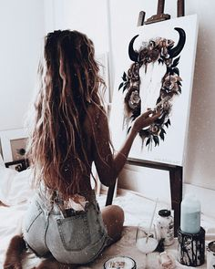 That panting needs to be a tattoo Painting paint paintwork art style fashion denim jeans artwork artists artist tattooed tattoos tatts tattoo passion fashion style Artist Life, Artist At Work, Artist Aesthetic, Art Studios, Art Inspo, Vsco, Art Photography, Canvas Art, Painting Canvas
