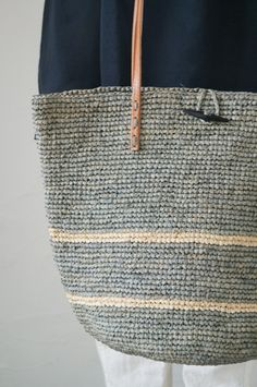 Le Voyage eu Panier crochet bag