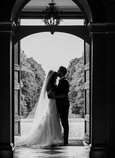 Mohini and David's Delightful Mid-Summer Wedding – Braxted Park Foto Wedding, Wedding Film, Elope Wedding, Wedding Couples, Dream Wedding, Wedding Venues Essex, Country House Wedding Venues, Wedding Photography Poses, Film Photography