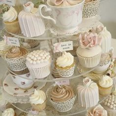 We have been seeing pretty and yummy cupcakes during weddings, scattered on dessert table or even hanging on trees during outdoor receptions so we collected some of our favourites from … Beautiful Cakes, Amazing Cakes, Beautiful Boys, Cotton And Crumbs, Cupcakes Decorados, Afternoon Tea Parties, Afternoon Tea Ideas Creative, Afternoon Tea Baby Shower Ideas, Afternoon Tea Wedding