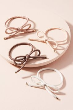 Shop the Bow Hair Tie Set and more Anthropologie at Anthropologie today. Read customer reviews, discover product details and more.