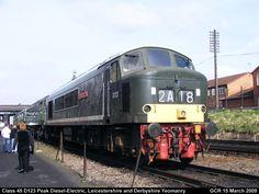 Class 45 D123 Peak Diesel-Electric by graham.wood.14661