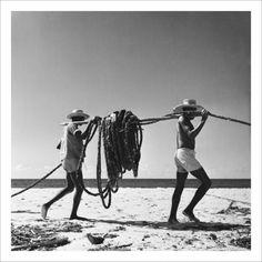 """Com mais de 65 anos de carreira, um dos mais experientes fotojornalistas do Brasil, Flávio Damm, ocupa a Caixa Cultural com seus registros fotográficos. De 27 de novembro a 27 de janeiro, a exposição """"Flávio Damm – Passageiro do Preto & Branco – Fotografias 1946-2012"""" conta com 80 fotografias edois encontros com o fotógrafo, nos...<br /><a class=""""more-link"""" href=""""https://catracalivre.com.br/sp/agenda/barato/o-olhar-em-preto-e-branco-de-flavio-damm/"""">Continue lendo »</a>"""