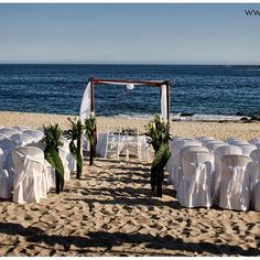 Civil Wedding Ceremony #tubodaenplaya #casateenhuatulco #wedding #weddingday #weddingplaning #weddingphotography #instawed #instacool #bride #bridal #photography #beach #ceremony