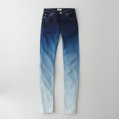 """Indigo to white ! There are only a few dyers left who use just natural indigo and the old dyeing method. Many synthetic blue dyes in addition to indigo became available but only natural indigo allows the characteristics build up layers of """"Blueness"""" and give blue denim its unique fading and abrasive qualities."""