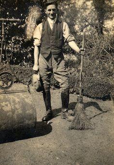 Edwardian Gardener