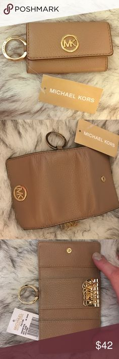 "NWT Michael Kors ""Fulton"" Key Case Wallet Brand new with tag! Michael Kors ""Fulton"" Key Case Wallet. Dimensions 4.38""L x 2.38""H x 1""W Michael Kors Accessories Key & Card Holders"