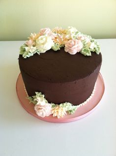 The WOW Factor Cakes Mmmm! Chocolate with lovely roses.