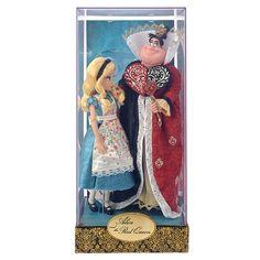 Coming October 4, 2016 Alice and Red Queen. Disney Designer Dolls