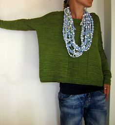 Knitting Patterns Sweter Grasfleckenbylilalu: latest testknits part 3 Jumper Knitting Pattern, Jumper Patterns, Knit Patterns, Handgestrickte Pullover, Look Boho, Hand Knitted Sweaters, Knitting Designs, Pulls, Knit Crochet