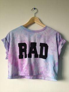 Rad Cropped top crop tshirt tie dye pink blue and purple 91 kr