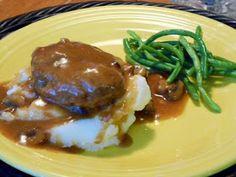 Kitty's Kozy Kitchen: Salisbury Steak