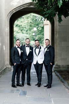 With classic florals, timeless decor and stunning style, high school sweethearts Amanda and Adrian planned the ultimate whimsical white wedding. Groomsmen Looks, Bridesmaids And Groomsmen, Wedding Ring For Her, First Dance Songs, Mermaid Silhouette, High School Sweethearts, Groom Outfit, Bride Gowns, Getting Married