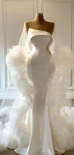 Country Wedding Dresses, Classic Wedding Dress, Colored Wedding Dresses, Modest Wedding Dresses, Boho Wedding Dress, Boho Dress, Bridal Dresses, Satin Mermaid Wedding Dress, Wedding Dress With Feathers