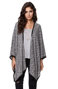 The women's Cape Kimono Cardigan by LA Hearts for PacSun and PacSun.com features a loose knit construction with ribbed trim. We love the oversized, relaxed kimono style. It is the perfect layering piece for any outfit.