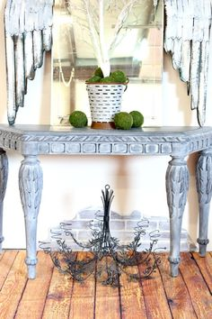 Get a Restoration Hardware Look with Whitewash Furniture PLUS a video tutorial - so easy!