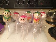 Snowman and santa face cake pops.