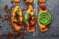 Wer etwas abnehmen möchte oder sich Low-Carb ernährt, verzichtet zumeist auf Brot. Auf leckere Stullen muss man dank Süßkartoffeln aber nicht verzichten. Schlau! Und lecker!