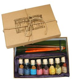 This is a great company! I have a few different sets! Fine art calligraphy and drawing Abraxas ink set. Corked glassbottle with seal and handcoloured label, content Calligraphy Tools, Calligraphy Drawing, How To Write Calligraphy, Calligraphy Letters, Caligraphy, Cute Easy Drawings, Fountain Pen Ink, Letter Writing, Drawing Tools