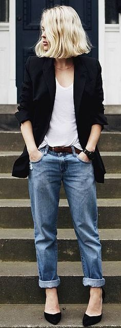 http://www.gurl.com/2014/08/30/style-tips-how-to-wear-combat-boots-outfit-ideas-dr-martens/