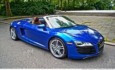 The Audi goes topless. engine producing 391 ft-lb of torque and 525 horsepower. My Dream Car, Dream Cars, Convertible, Audi R8 V10, Audi Cars, Sweet Cars, Hot Cars, Bugatti, Motor Car