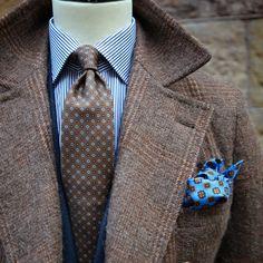 roseandborn: Style by (på/i Rose & Born) Gentleman Mode, Gentleman Style, Mens Dress Outfits, Men Dress, Navy Dress, Sharp Dressed Man, Well Dressed Men, Tweed Overcoat, Style Masculin
