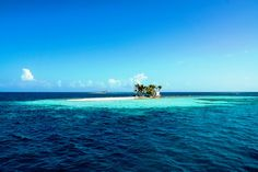 Silk Caye, Belize, off the coast of Placencia in southern Belize. Photo taken by Mr. Todd Sechel (http://www.toddsechelstudio.com/) with permission. #placencia #belizephotos #islands #belizecayes #centralamericaadventurevaccations #toursinbelize
