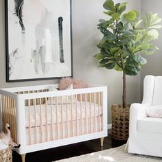 "Love this baby girl nursery!!!! 1,794 gilla-markeringar, 886 kommentarer - K A I L E E W R I G H T (@kailee_wright) på Instagram: ""You guys have been like family and the love + support we have felt in this space has been…"""