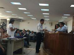 Representantes de la Rectoría y de la Comisión Revisora del Sindicato de Empleados dialogaron durante más de tres horas; autoridades buscan evitar la huelga – Morelia, Michoacán, 08 de abril ...