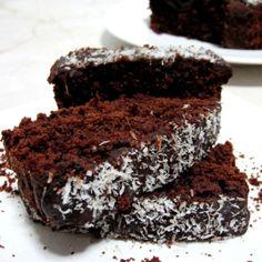 Chec cu ciocolata si ghimbir Sweets Recipes, Cooking Recipes, Desserts, Caramel, Cheesecake, Good Food, Food And Drink, Homemade, Vegan