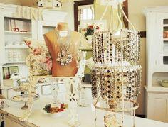 Beautiful Jewelry display craft-booth-displays