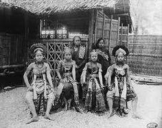 Javanese dancers in Paris World Exhibition 1889