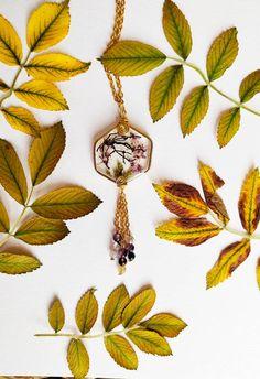 Tree Pendant, Resin Pendant, Flower Pendant, Real Flowers, Purple Flowers, Blooming Trees, Terrarium, Miniature Trees, Tree Necklace