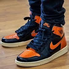 White Fashion Sneakers, Fashion Shoes, Jordan 1 Orange, Zapatillas Nike Basketball, First Air Jordans, Jordan 1 Shattered Backboard, Black Jordans, Jordan Fashions, Jordan Shoes Girls