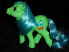 """Mint G1 MY LITTLE PONY """"flutterbye"""" 1984 ARGENTINA  Beautiful colors. Might have to make a custom like this!"""