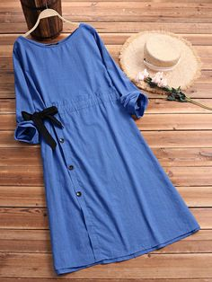 21 Best Spring Outfits Street Style for Women 2020 The clothing culture is quite old. Women's Dresses, Fashion Dresses, Dresses For Work, Summer Dresses, Flower Dresses, Chicago Fashion, Kurta Designs, Robes Vintage, Vintage Dresses