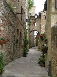Vicolo, Colle di Val d' Elsa Siena Tuscany